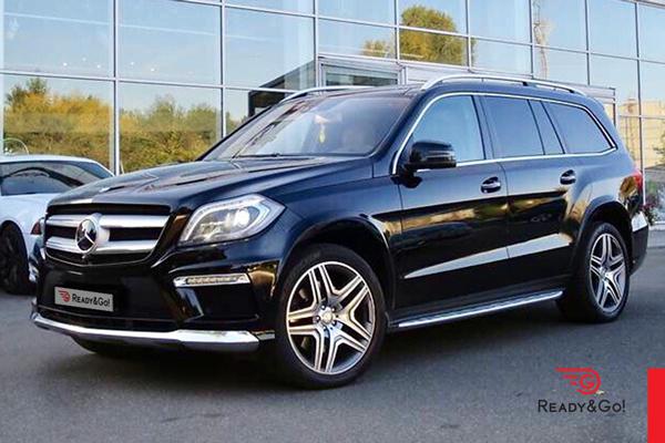 1-Mercedes-Benz-GL-500