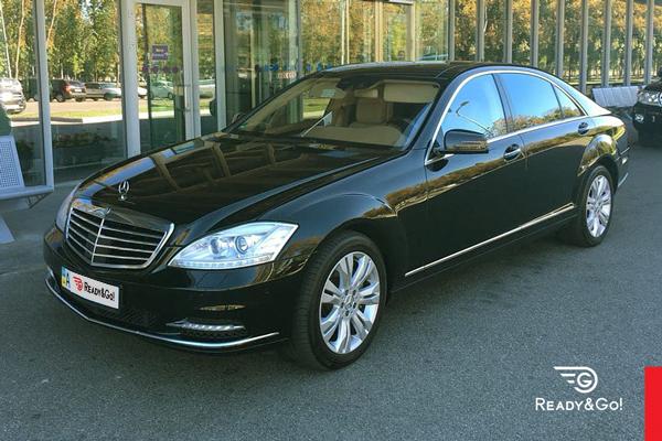 1-Mercedes-Benz-W221-S500_2012